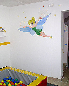 Wall painting - Fairy Tinkerbell from Peter Pan story. Location: Nursery Habait Hakibuzi in Ashkelon..   click here to zoom picture