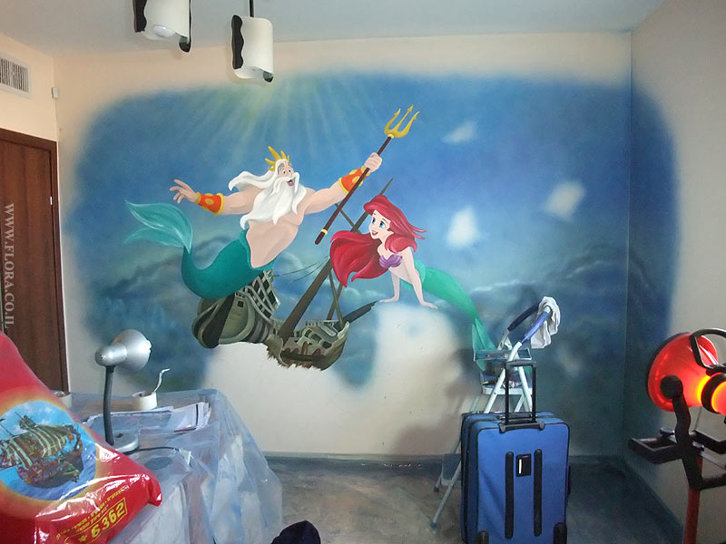 Baby Rooms Murals. The Little Mermaid Ariel And King Triton Were Drawn In  The Center Of An Undersea Kingdom. Wall Painting In Process. Part 91