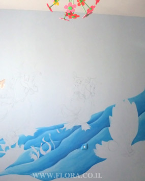 Girls Room Murals - Ariel`s Undersea Adventure. Wall painting starting. Ashdod. Wall paint drawing size 3 meter. Painter Flora..   click here to zoom picture